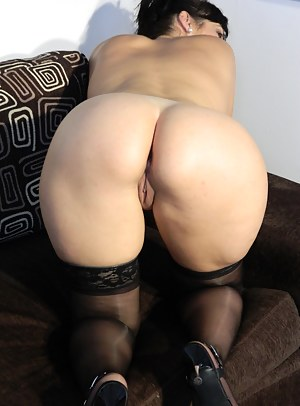 On Knees Porn Pictures